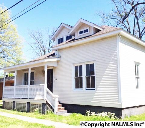 210 WHITE STREET1041590